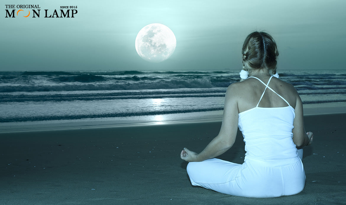 Moon Lamp Meditation