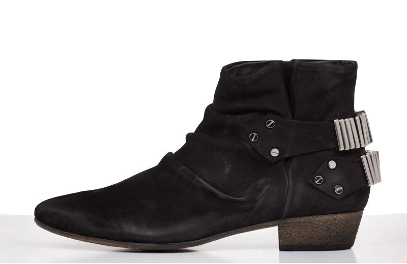 FURY LO ANKLE BOOTS WAXED NUBUCK BLACK SIDE