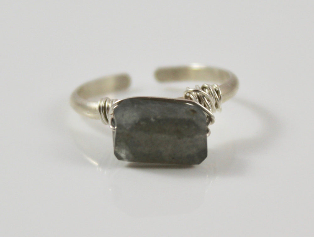 Adjustable Stone Ring - Labradorite