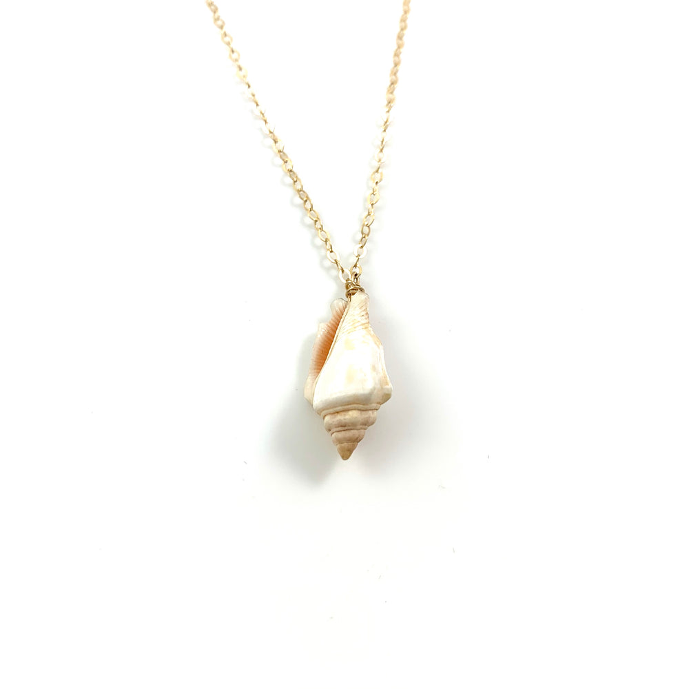 Simple Hawaiian Shell Necklace