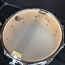 "Load image into Gallery viewer, Pork Pie Blue Fade Dip Birch Snare Drum - 14"" x 7"""
