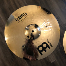 "Load image into Gallery viewer, Meinl 14"" Classics Custom Medium Hi Hats"