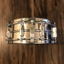 "Load image into Gallery viewer, 1976 Ludwig Supraphonic Snare Drum - 14"" x 5"""