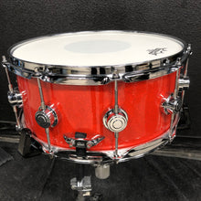 "Load image into Gallery viewer, DW Collector's Series Snare - Tangerine Glass - 14"" x 6.5"""