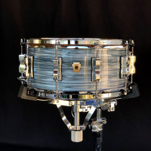 Ludwig Classic Maple Snare Drum - Vintage Blue Oyster - 14