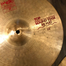 "Load image into Gallery viewer, Paiste 14"" 2002 Sound Edge Hi-hat Cymbals"