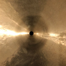 "Load image into Gallery viewer, Meinl 18"" Byzance Jazz Extra Thin Crash"
