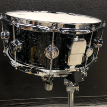 "Load image into Gallery viewer, DW Collector's Series Snare Drum - 14"" x 6"""