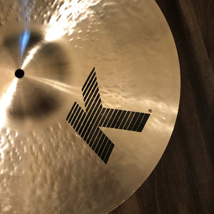 "Zildjian 18"" K Dark Medium Thin Crash"