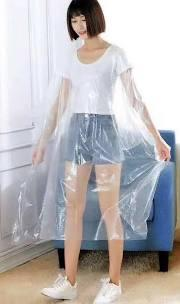 DMI Clear Disposable Client Protection Cape Gowns (50pack) - Franklins