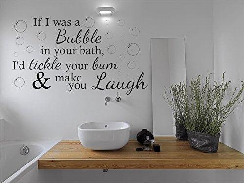 Simple but effective decor in bathroom.
