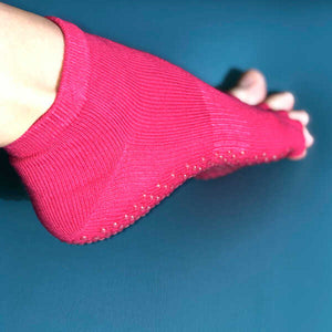 Medias abiertas en los dedos (open toe) anti deslizantes - The Pilates Studio Online