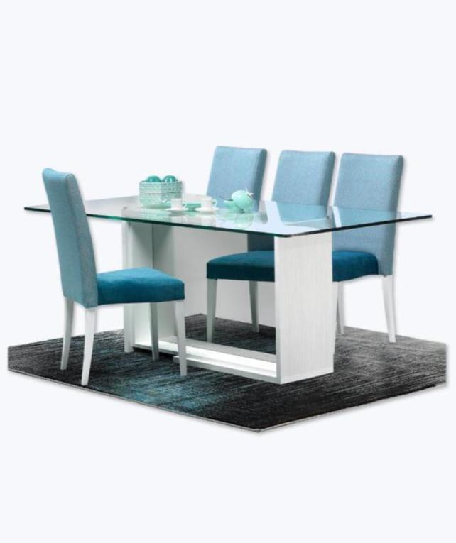 Baia glass top dining table with central leg with mirror.