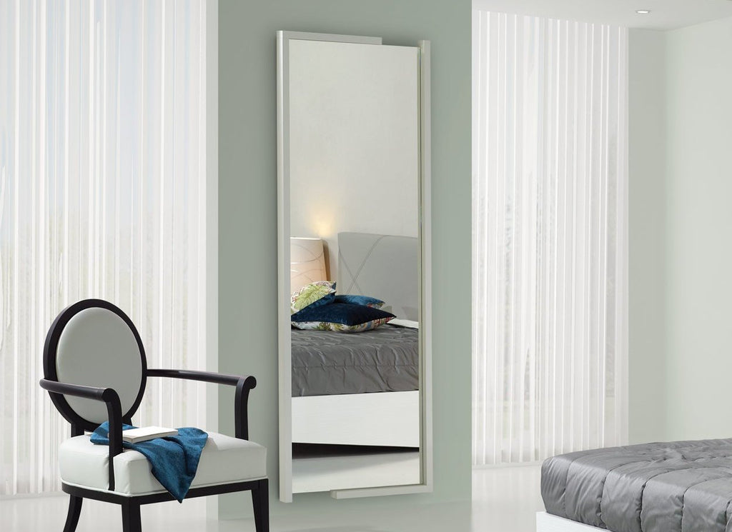 Baia framed mirror