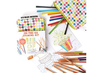 On The Go Drawing Set