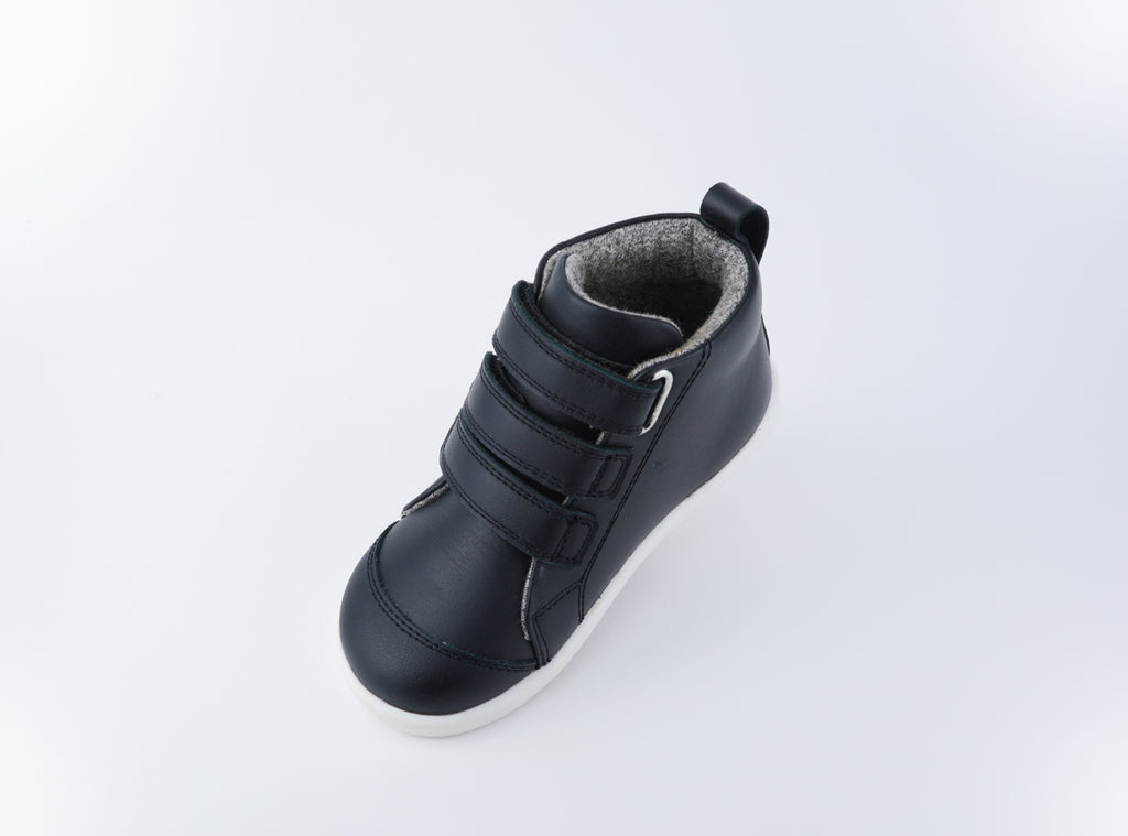 IW Hi Court Black
