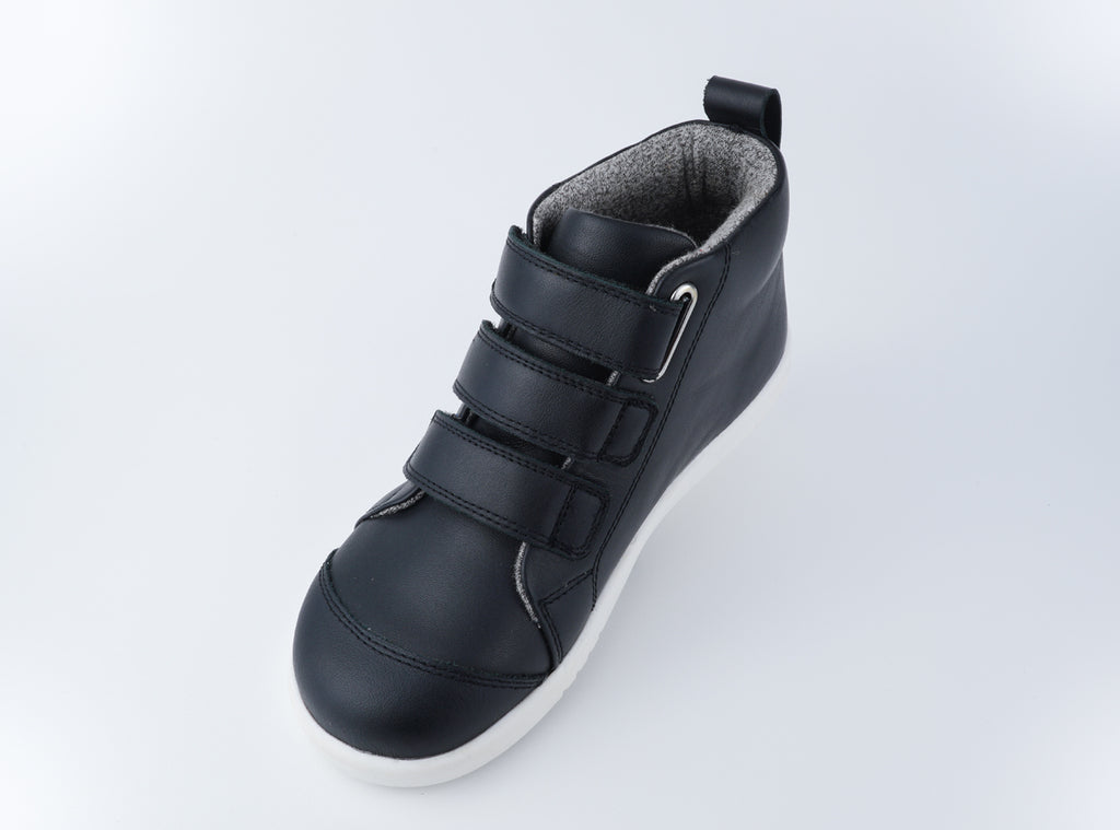 KP Hi Court Black