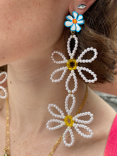 Load image into Gallery viewer, Daisy Chain Earrings