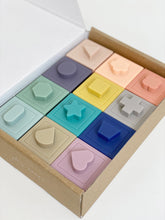 Load image into Gallery viewer, Petite Eats Silicone Building Blocks