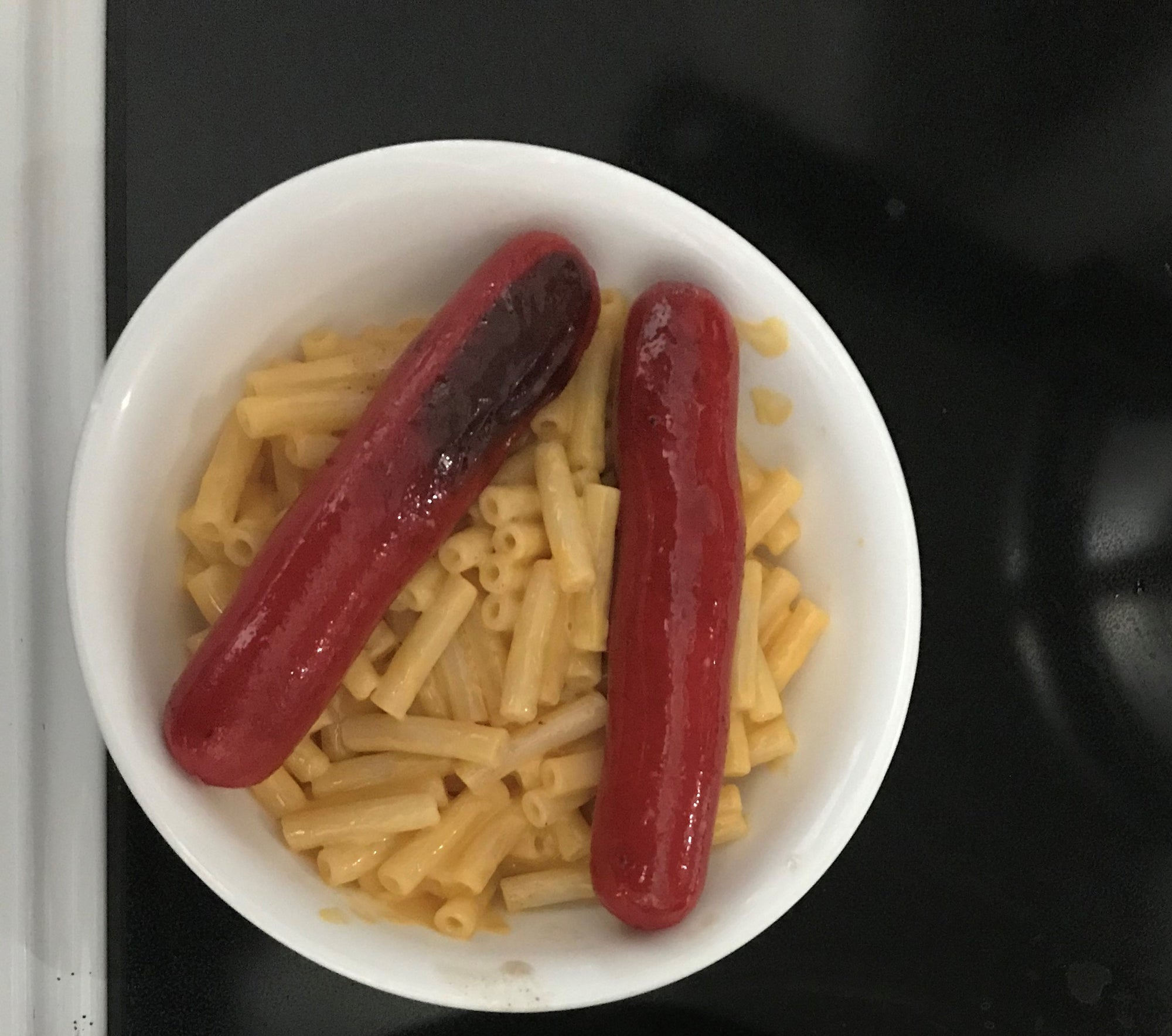 Bright Leaf Hot Dogs with Mac n Cheese Meal