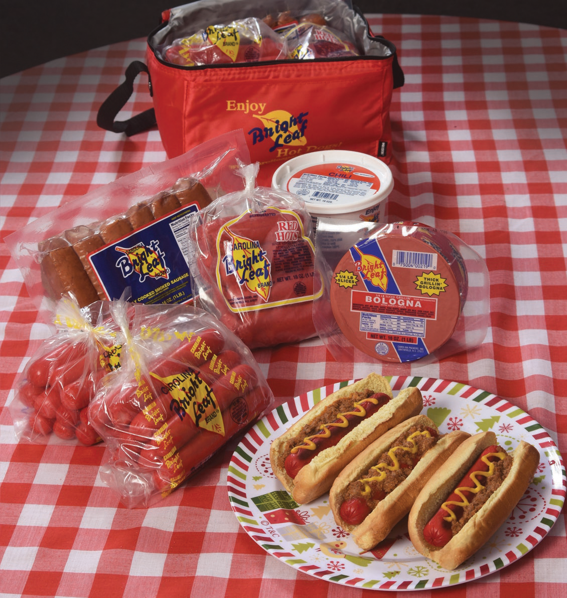The Bright Leaf Holiday Classic Gift Bag (2- Hot Dogs, 1- Red Hot, 1-Smoked Sausage, 1-chili, 1-Thick Grillin' Bologna)