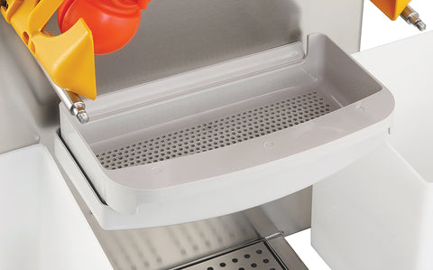 Automatic citrus juicer  strainer tray
