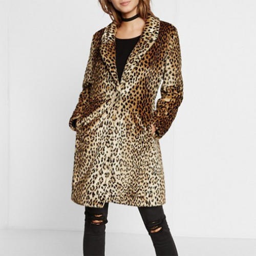 Leopard Print Imitates The Long Style Of Fur Coat
