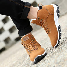 Load image into Gallery viewer, Men Suede Warm Plush Lining Wear-Resistant Rubber Sole Ankle Boots