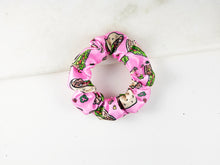 Load image into Gallery viewer, Taco // Scrunchie