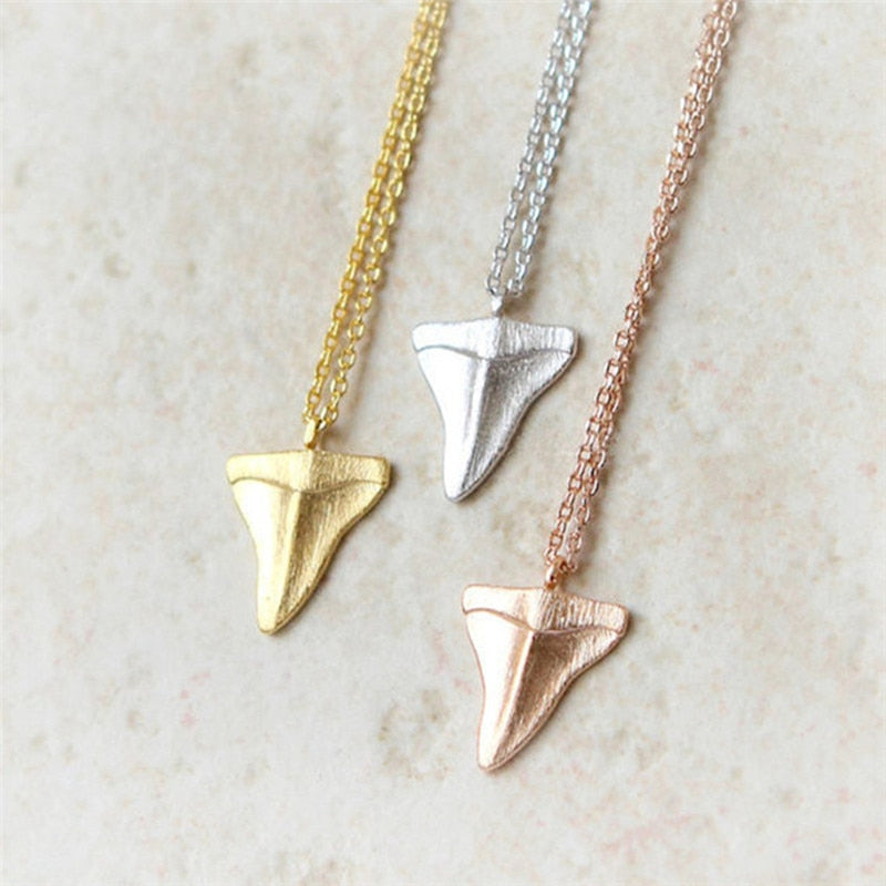 2020 New Fashion Collar Cute tiny shark tooth necklace,beach jewelry,bridesmaid gift,simple girl outdoors necklace