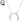 2020 New Gold Silver Simple Crescent Moon Women Necklace Plain Half Moon 17mm Pendant Necklaces for Women Couple Necklace