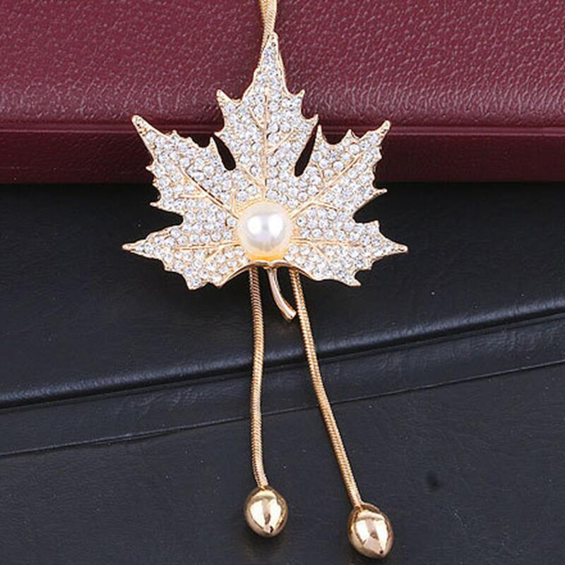 2020 Lovely Maple Leaf Long Beaded Chain Tassel PendantNecklace Women Office Lady Imitation Pearl Jewelry Bijoux Gifts