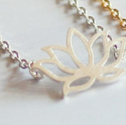 Charm Simple Gold Silver Necklaces tiny lotus shape new simple elegant metal lotus flower Pendant necklace
