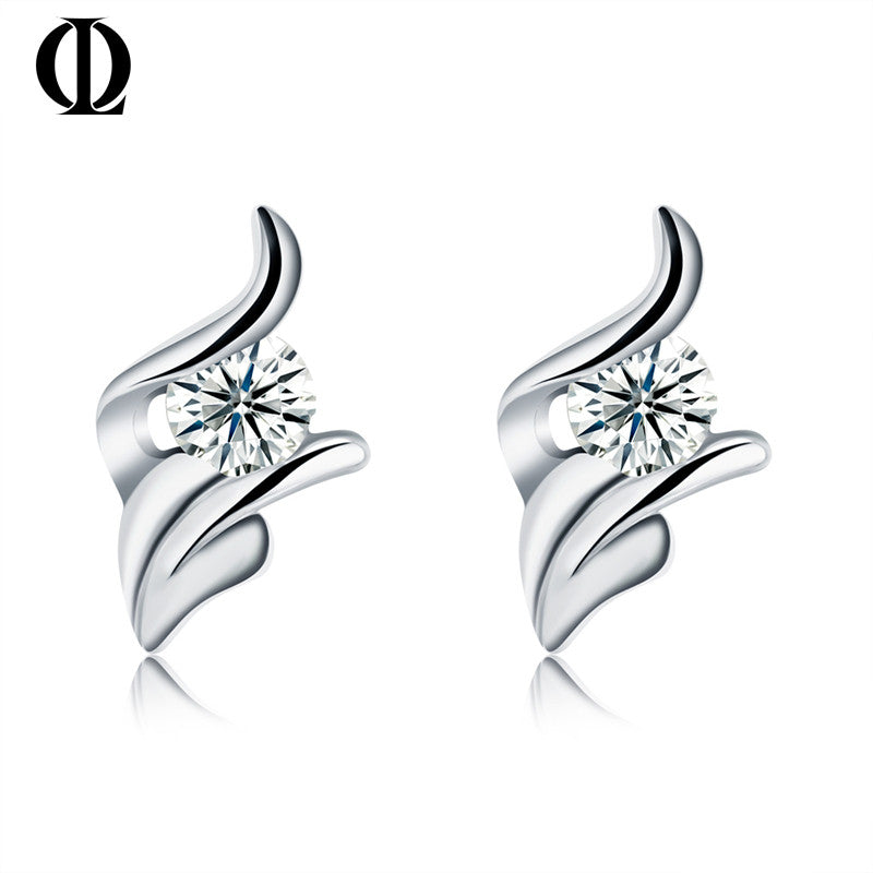 Classic,Engagement earring, AAA clean cz 925 Stud Earrings Fashion Jewelry for Lady, best for gift