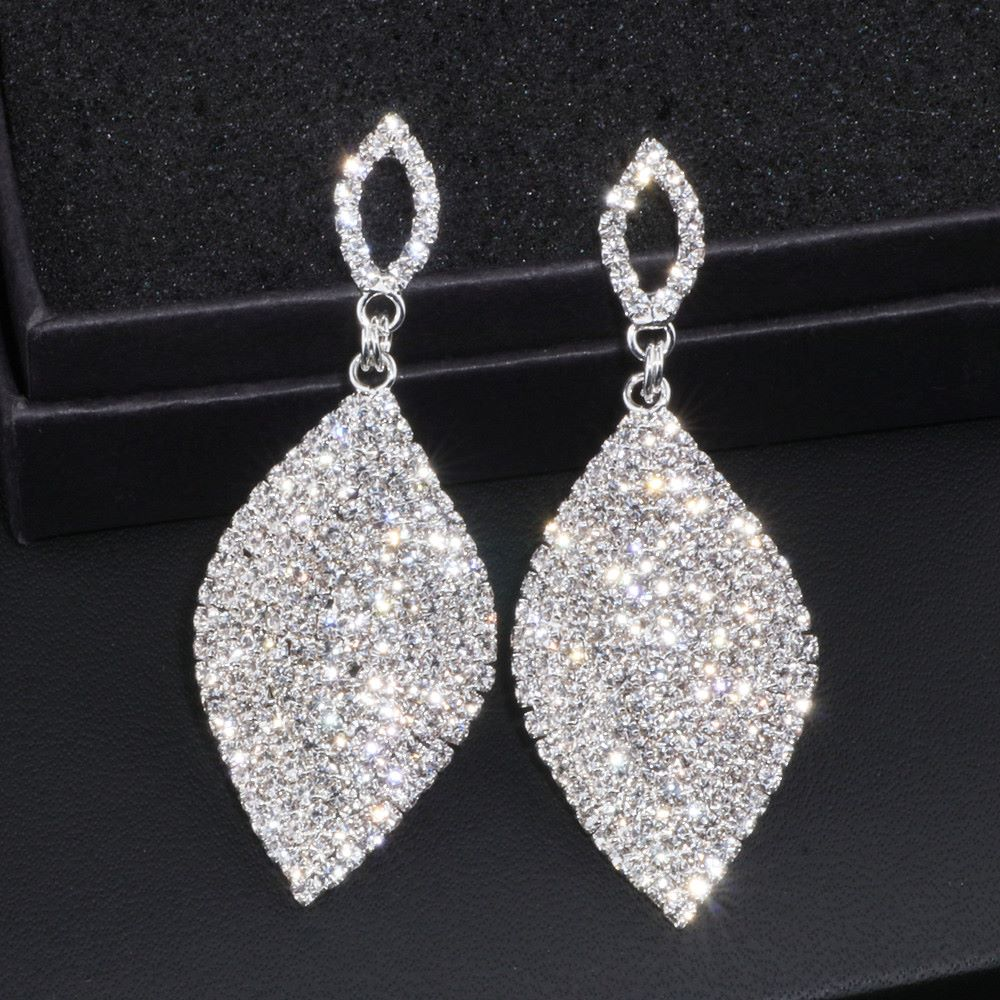 Classical Large Drop Earrings Bride Teardrop Shape Crystal Earrings for Women Rhinestone Dangle Wedding Earring Jewelry WX065