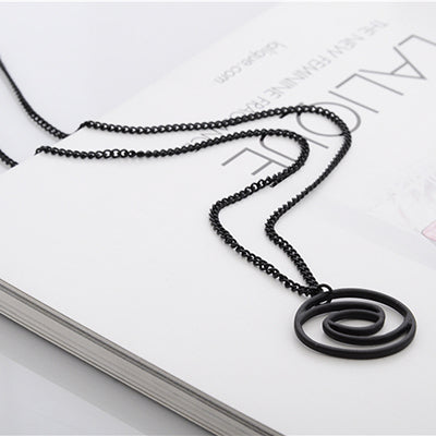ECLIPSE SILHOUETTE NECKLACE Chemical Molecule Pendant Necklace Optical Illusion Pieces Designe For Men Women Black Gold Silver