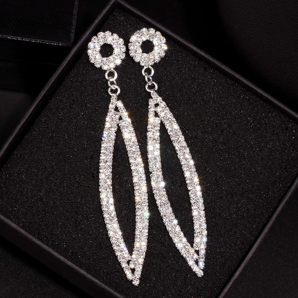 Elegant Wedding Accessories Jewelry Silver Color Crystal Long Earrings Sparkling Big Drop Dangle Earrings For Women Brides E1749
