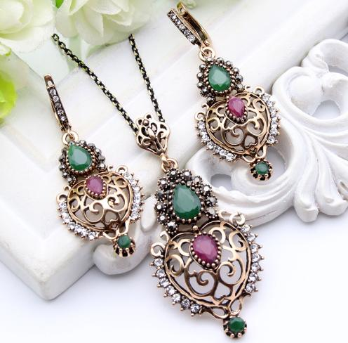 Ethnic Resin Hollow Flower Jewelry Sets Long Earrings Necklace Set Turkish Antique Gold Color Bijoux Arab Bride Resin Jewelry