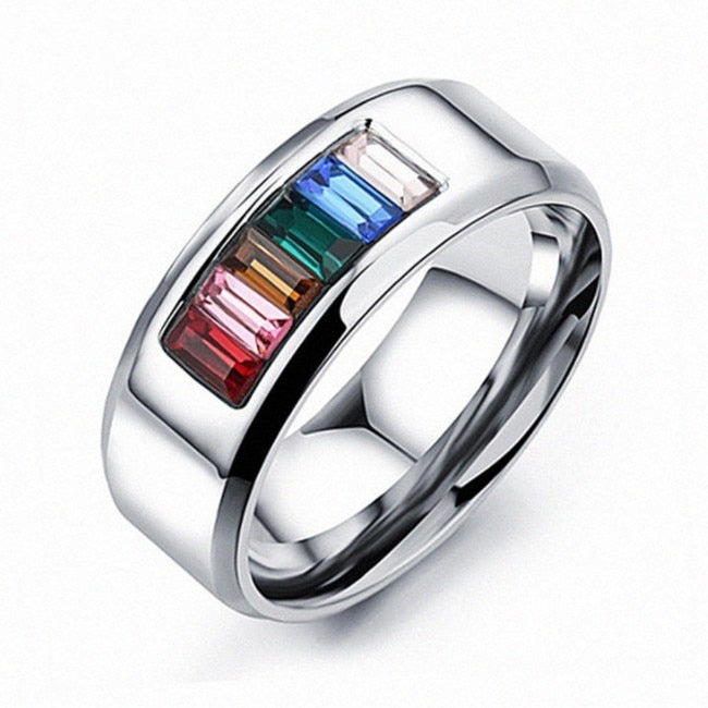 Europe and the United States Fashion jewelry ring female Crystal from Austrian Zirconium-embedded titanium steel ring For Women