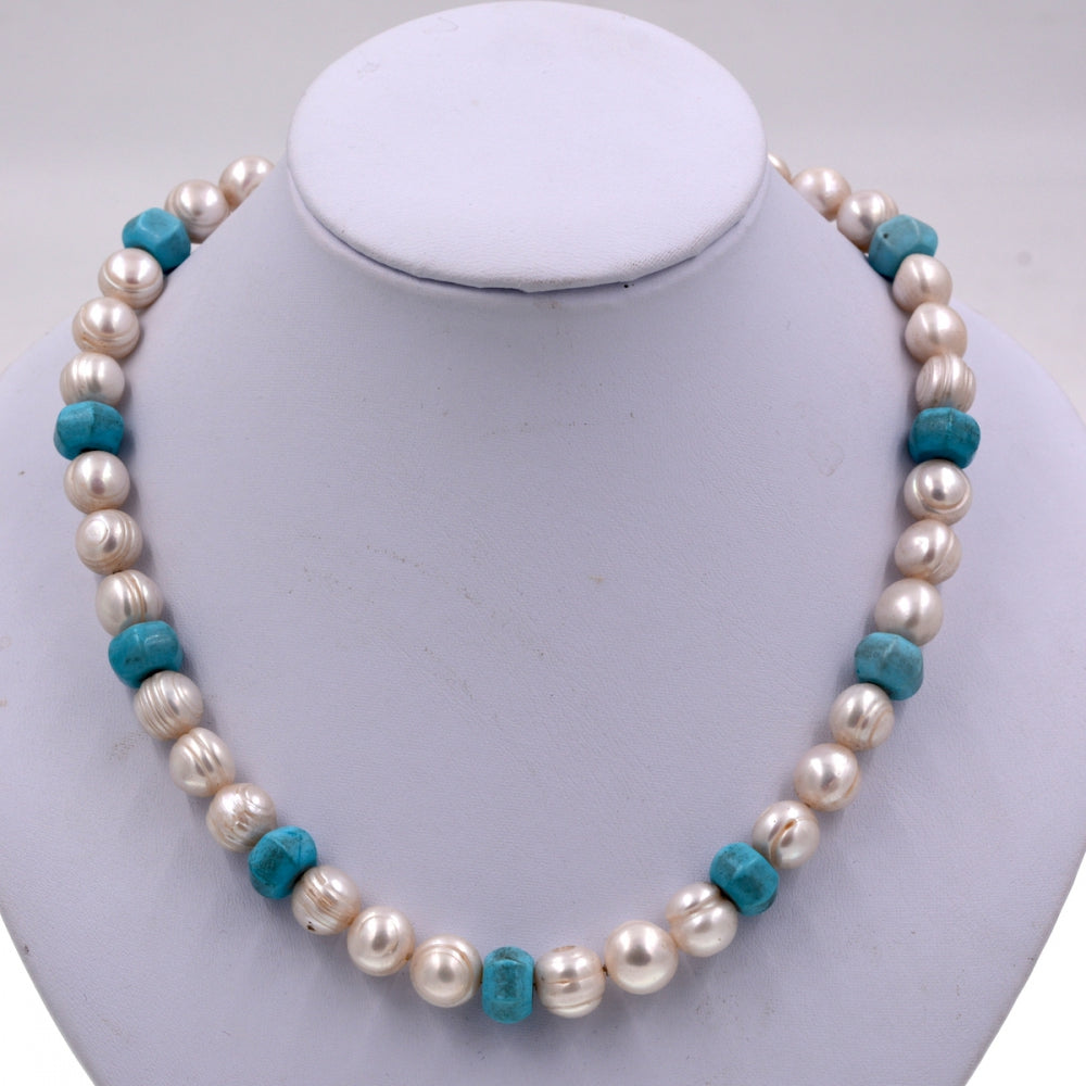 Exclusive 9-10mm Thread White Pearl Beads Blue Turquoises Bib Pearls Strand Necklace Brand Jewelry 2020