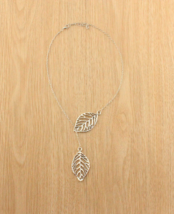 F&U Silver Color Stunning Celebrity Sideways Vertical Tree Leaf Charm Infinity Pendant Necklace Chain Wedding Fine Jewelry