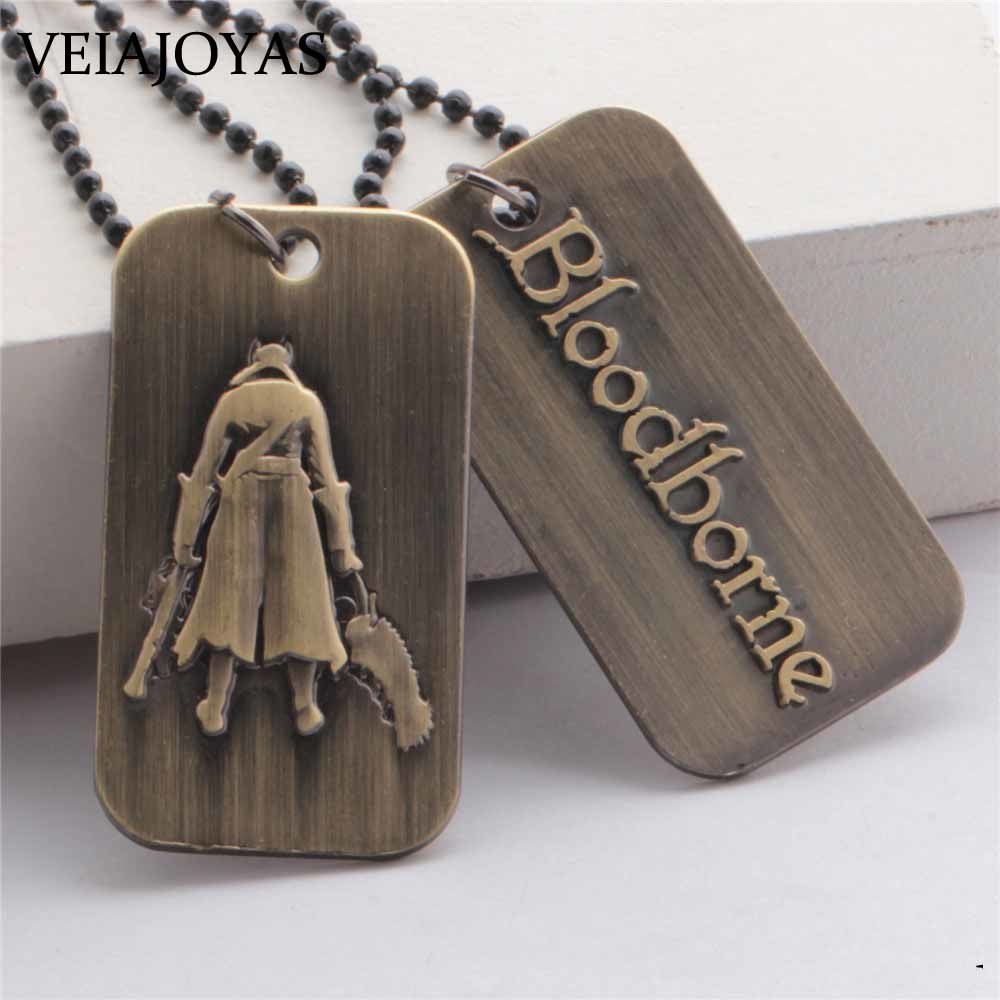 Limited Edition Game Bloodborne Pendant Necklaces Saw Hunter Weapon Alloy Key Chain Holder Men Gift Chaveiro llaveros Jewelry