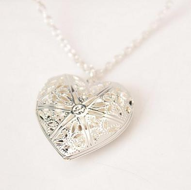 Newly Fashion Women Hollow Gold Silver Heart Pendant Long Chain Necklace Sweater Necklace With Pendant For Women