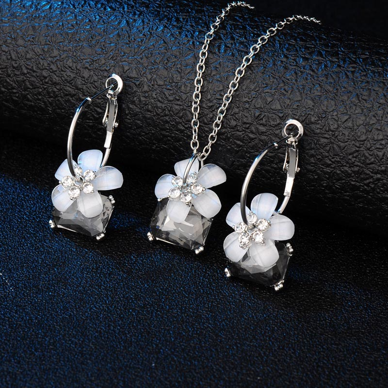 Romantic fine bride Sets blue crystal colorful white flower necklace big Ear ring earrings Jewelry Set for women Wedding Bijoux