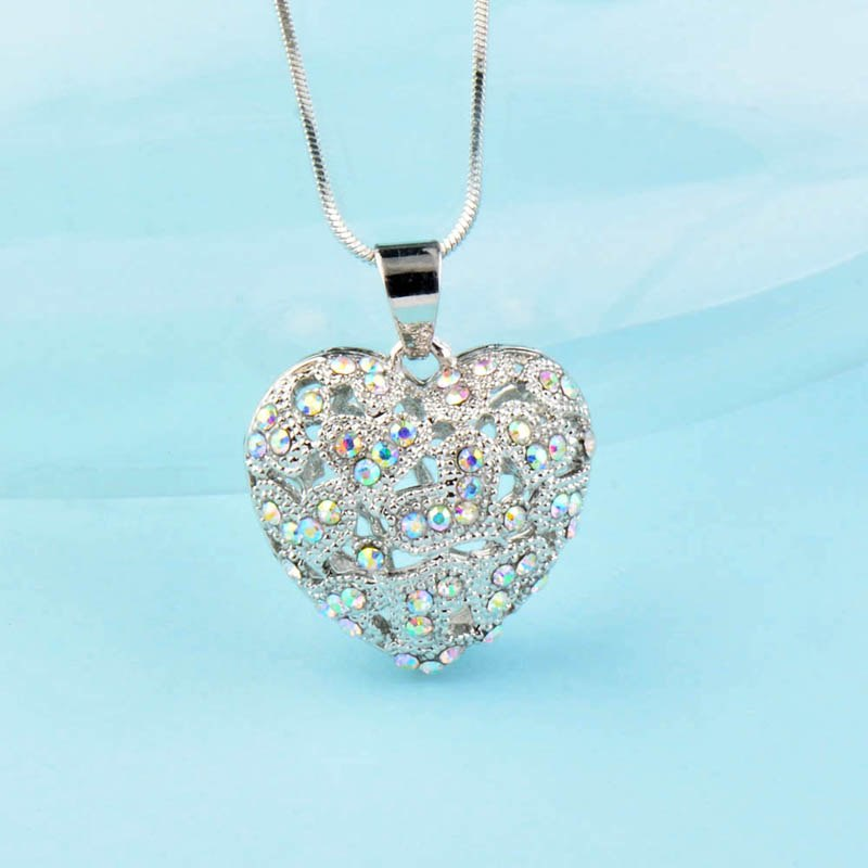 Romantic Multicolor Rhinestone Hollow Heart Necklaces Pendants Silver Color Long Chain for Women Jewelry MY303 SSD