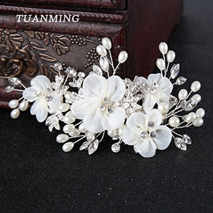 TUANMING 1PCS Silver White Flower Hair Jewelry Pearl Rhinestone Combs Barrettes Bridal Hairpins Wedding Bride Hair Accessories