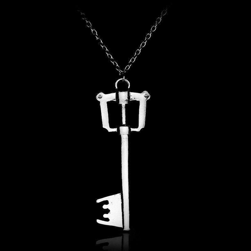 Hot Game Kingdom Hearts Oblivion Blade Charms Necklace Alloy Jewelry Figure Cospl for women factory outlet