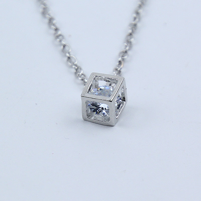 x259 New Arrival Crystal Rhinestone Pendant Necklace For Women Fashion Silver Color Square Clavicle Necklace Wedding Jewelry