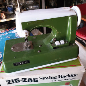 Zig Zag Sewing Machine