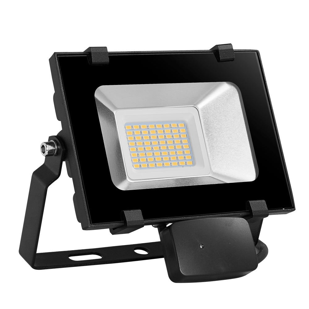 30W LED Motion Sensor Flood Light, Warm White, 110V, D5 - viugreum